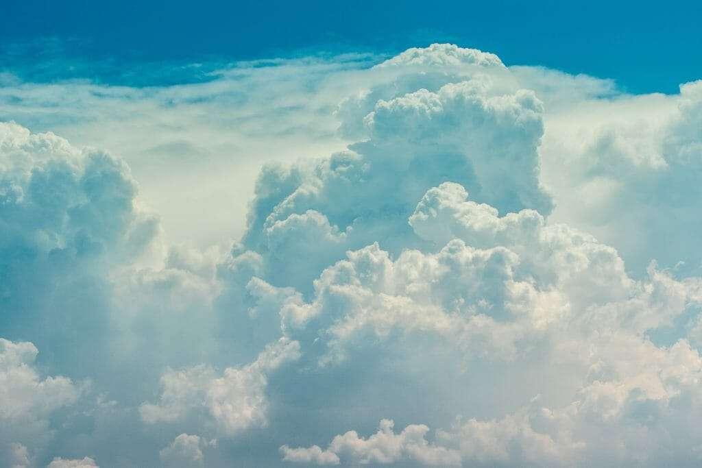 clouds represent oxygen